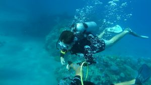 10 Commandments for Weightless Diving