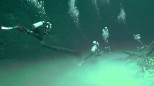 Cave Diving Spots to Explore this Season